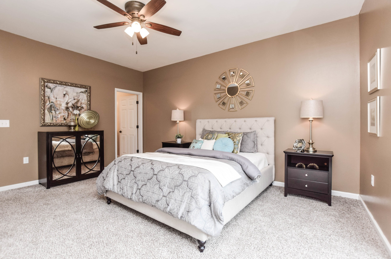 Hometenders Home Staging St Louis (42)