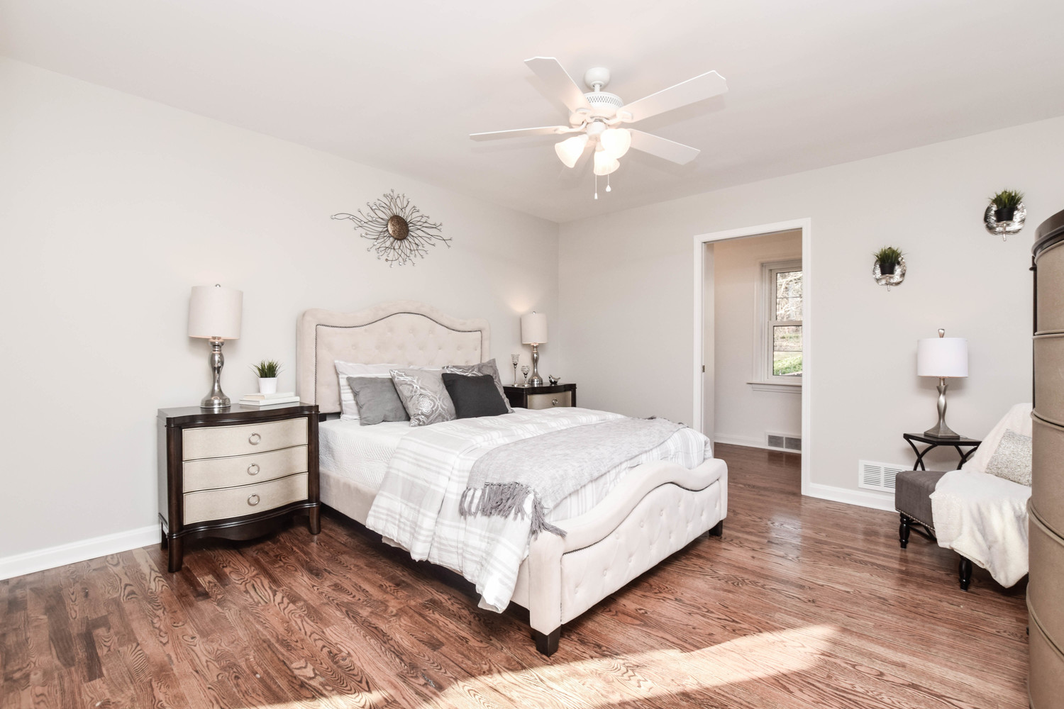 Hometenders Home Staging St Louis (60)