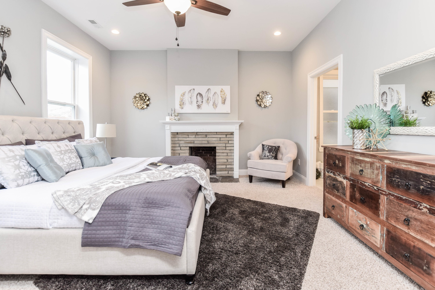 Hometenders Home Staging St Louis (61)