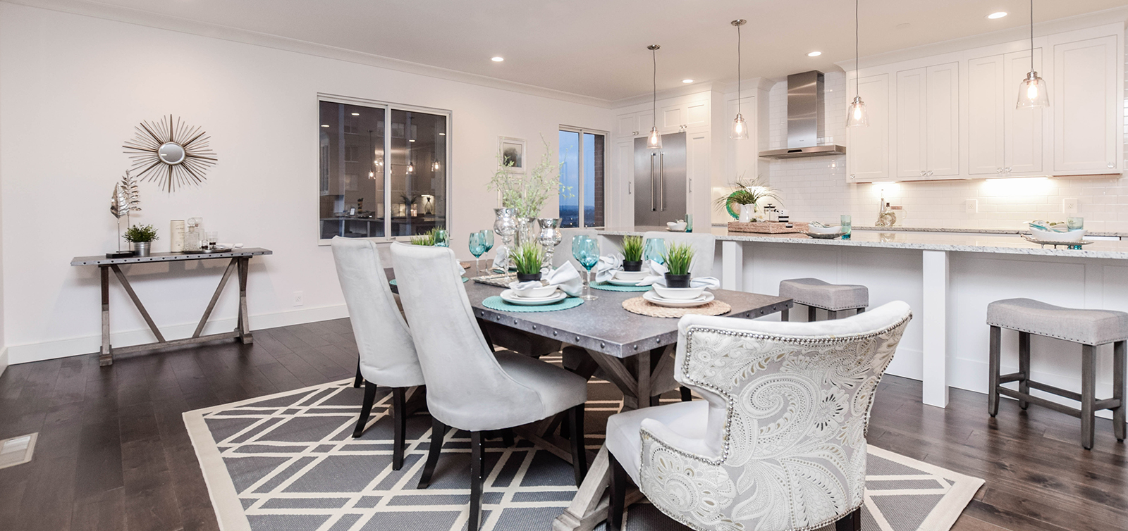 hometenders home staging & design of st louis